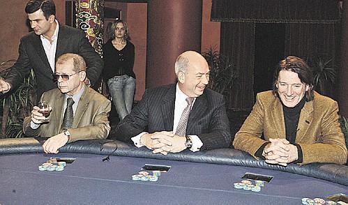 абдулов покер фото